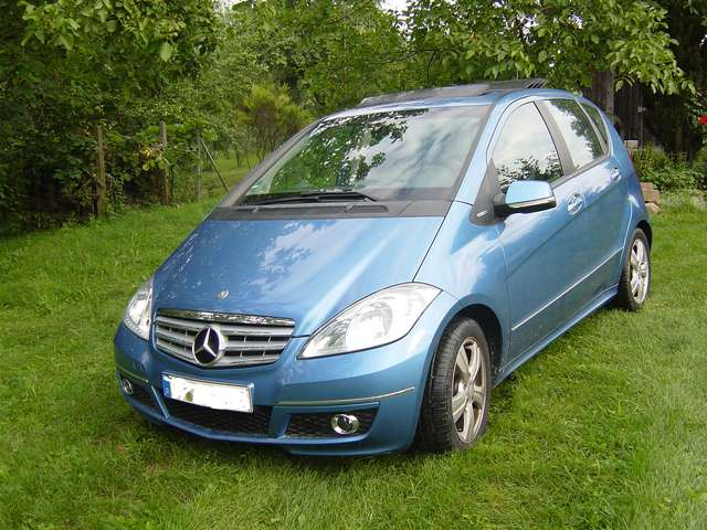 mercedes-benz a-170 blueefficiency-avantgarde blauw