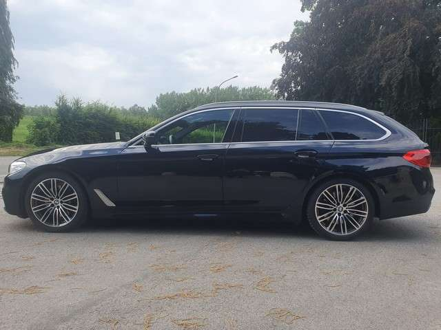 bmw 530 xdrive-touring-m-pack blauw