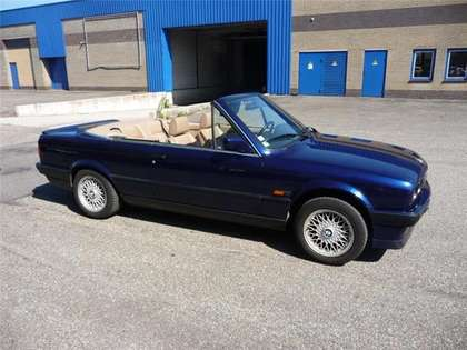 BMW 325 i cabrio E30 aut. mauritiusblauw met beige leder