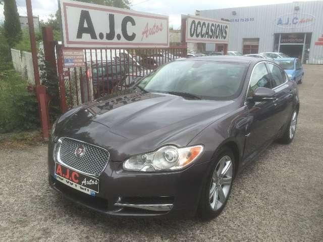 jaguar xf 3-0-v6-d-luxe-premium gris