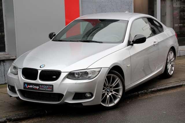 bmw 320 dax-coupe-garantie-1an-xdrivr-4x4-pack-m gris