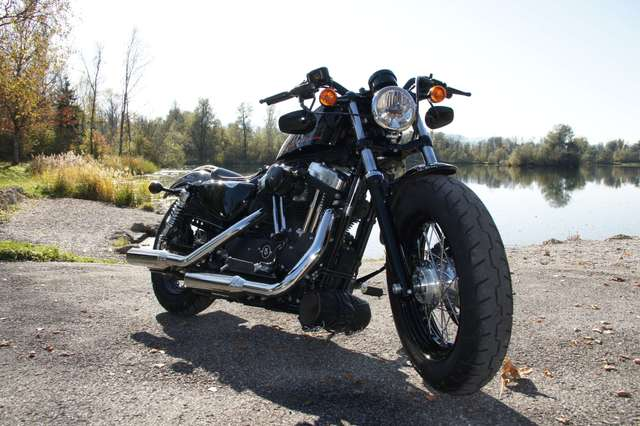 harley-davidson sportster-forty-eight schwarz