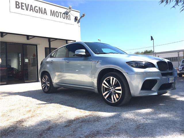 bmw x6-m m-driver-s-package-280-km-h argento