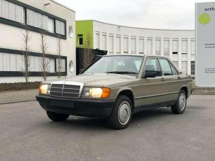 Mercedes-Benz 190 D Gelb