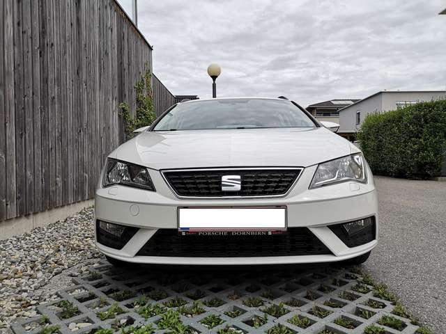seat leon st-reference-1-2-tsi weiss