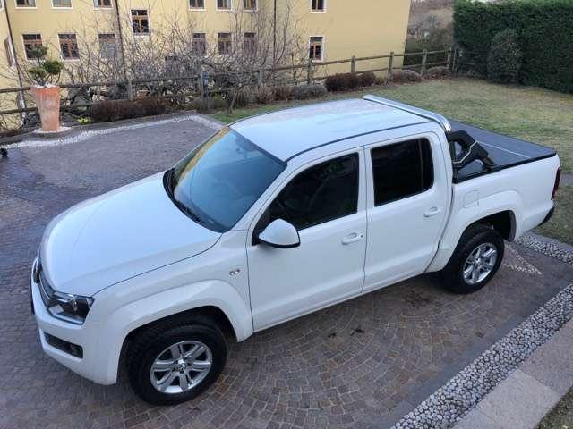 volkswagen amarok 2-0-bitdi-164-cv-4motion-inseribile-autovettura bianco