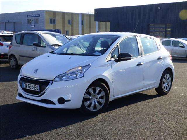 peugeot 208 1-4-hdi-business-pack white