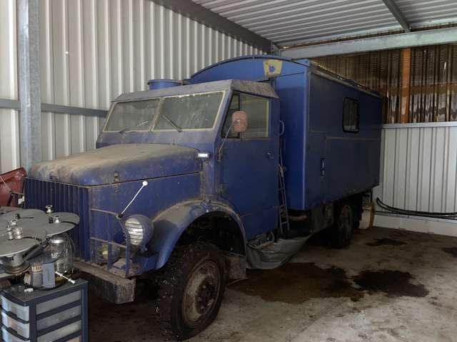 others others borgward-b-522-a blau