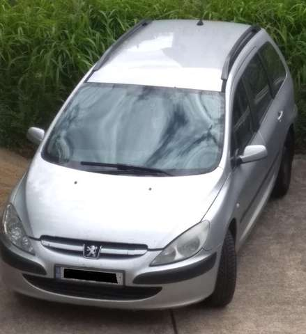 peugeot 307 hdi-sw-90 silber