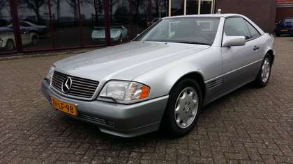 Mercedes-Benz SL 300 (1992) silber, 40000 Orig. Km. scheckheftgepflegt!