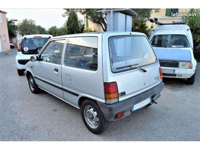 Daihatsu Cuore Six-fours-les-plages
