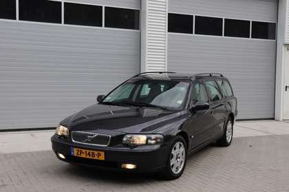 Volvo V70 2.4 170pk 2002 aut. / Climate / Cruise / stoelv.