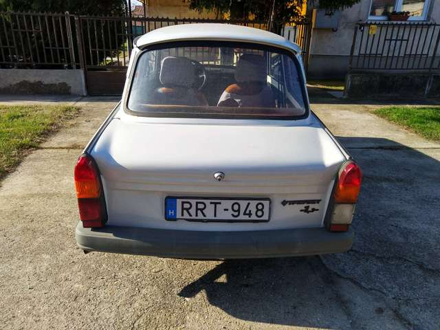 trabant 1-1 n-1-1 weiss
