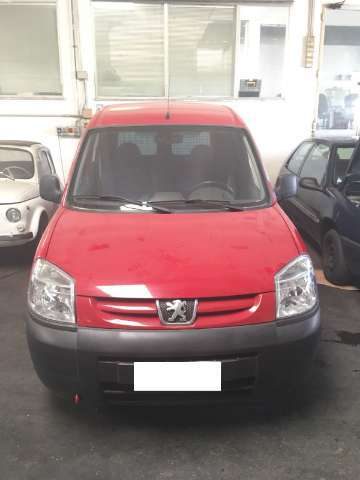 peugeot ranch rosso