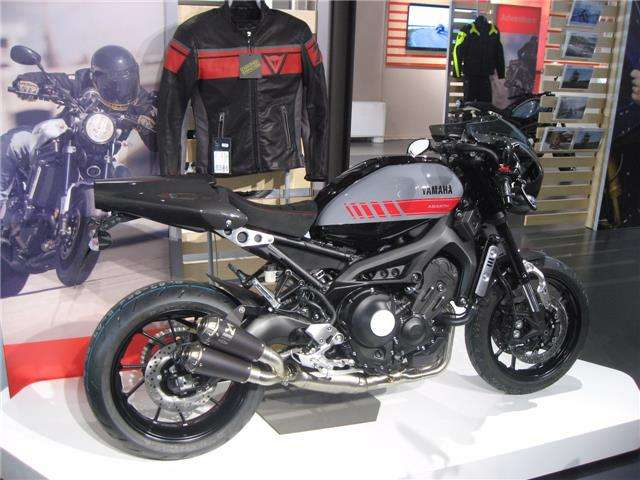 nuovo yamaha xsr 900 a torino to per. Black Bedroom Furniture Sets. Home Design Ideas
