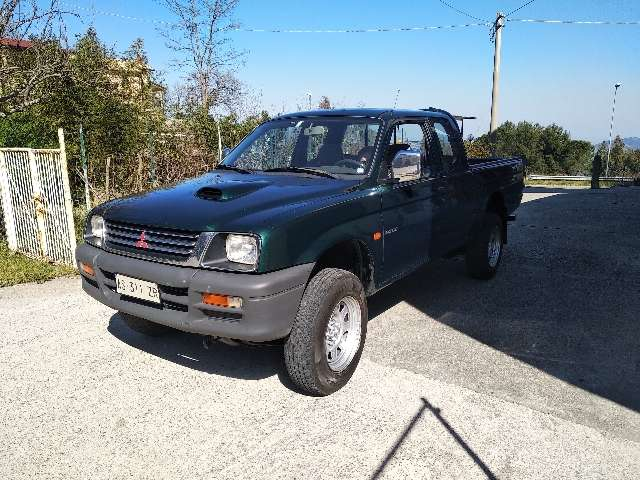 mitsubishi l200 2-5-tdi-4wd-club-cab-pick-up-gl verde