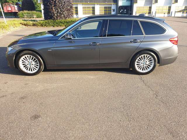 bmw 320 touring-luxery-edition grijs
