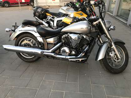 Yamaha XVS 1300 NEUZUSTAND TÄHU