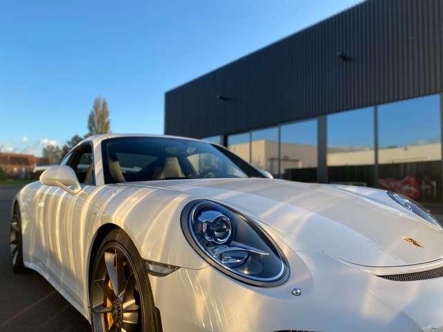 porsche 911 gt3-991-1-3-8i-pdk-ceramic-brakes blanc