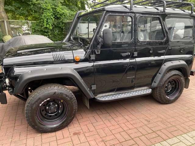 uaz hunter allrad-4x4-offroad-euro-6-deutsche-zul-servo-abs-d black