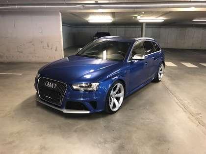 Audi RS4 Avant 4,2 FSI quattro S-tronic