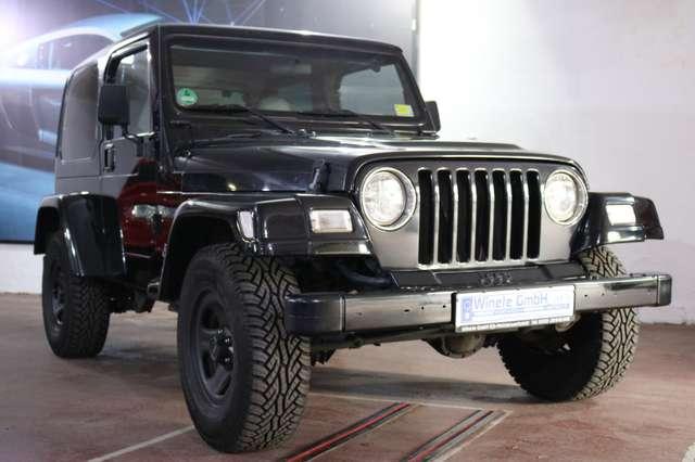jeep wrangler 2-5-sport-kme-gas-anlage-tuev-neu schwarz