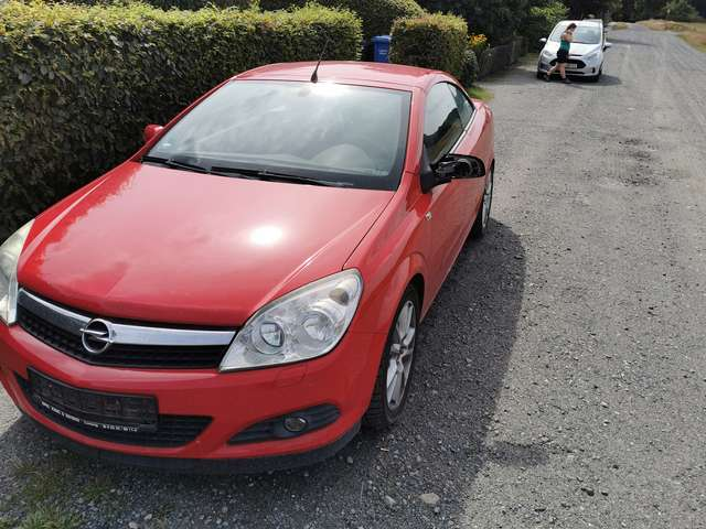 opel astra twin-top-1-9-cdti-edition rot