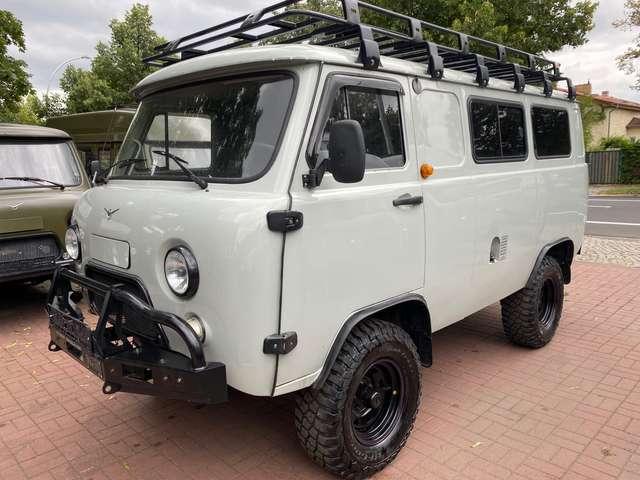 uaz buchanka 2206-allrad-4x4-offroad-euro6-lpg-differsperre-web grey