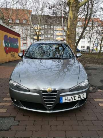 alfa-romeo 147 1-6-twin-spark-progression grau