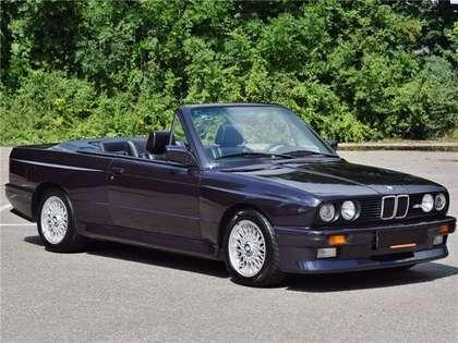 BMW M3 cabrio E30 macaoblauw 144000 km zwart leder airco!