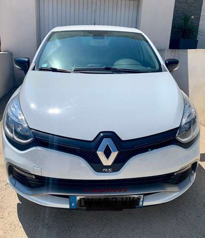 renault clio iv-1-6-turbo-220-energy-rs-trophy-edc blanc