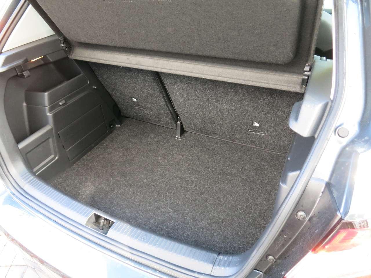 Ambition (NJ3) Rückfahrkamera Sitzheizung