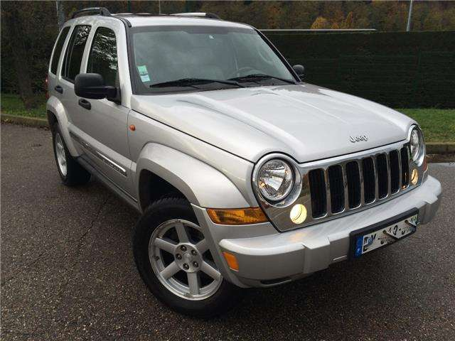 jeep cherokee 2-8-crd-limited-a gris