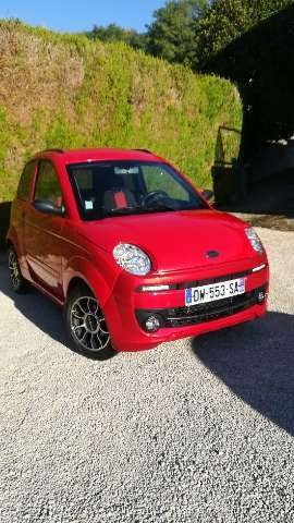 microcar m-go rouge