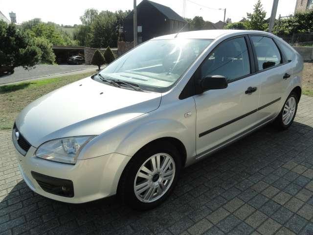 ford focus 1-6-turbo-tdci-trend-airco-ja-ctok-feuille-rose argent