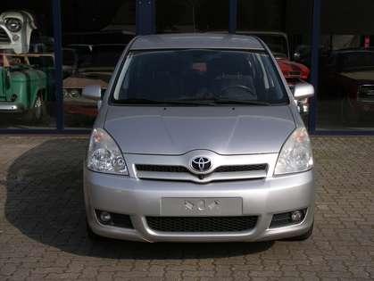 Toyota Corolla Verso 1 8