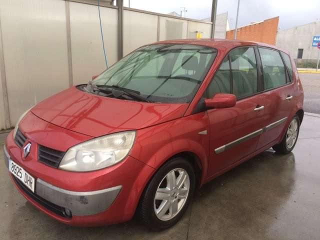 renault grand-scenic scenic-1-9dci-confort-authentique red
