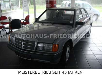 Mercedes-Benz 190 201 Oldtimer Grau