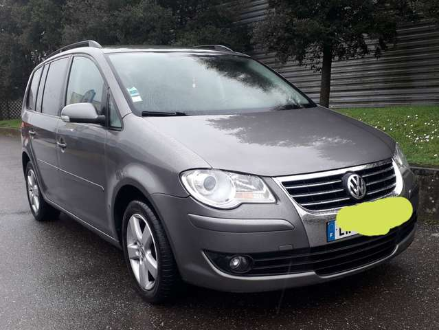 Volkswagen Touran Bordeaux