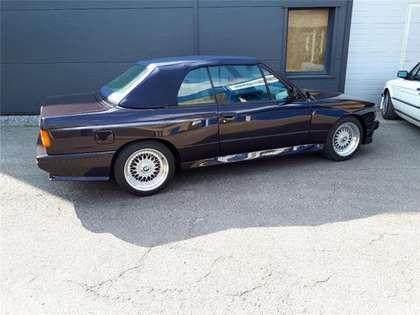 BMW M3 E30 cabrio 115000 km macaoblauw Cecotto interieur