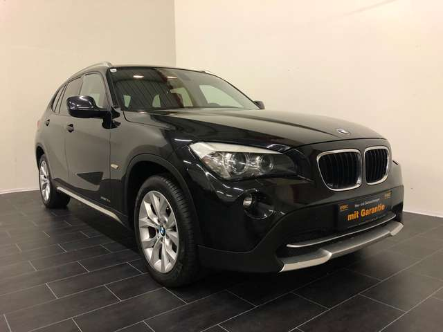 bmw x1 suv gel ndewagen in schwarz als gebrauchtwagen in. Black Bedroom Furniture Sets. Home Design Ideas