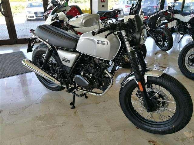 brixton bx-125 r-cafe-racer argento