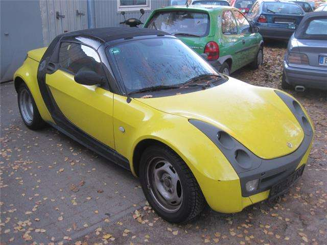 smart fortwo roadster-cobrio gelb