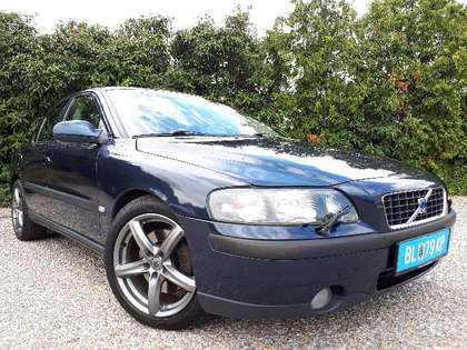 Volvo S60 T5 Aut. Geartronic+Leder+NAVI+SD! Voll! Export*!