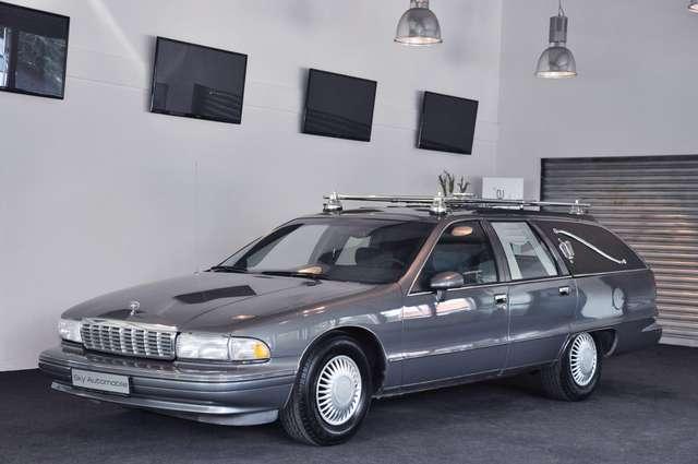 De leichenwagen mobile Mercedes
