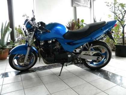 Kawasaki ZR - 7 F Blau