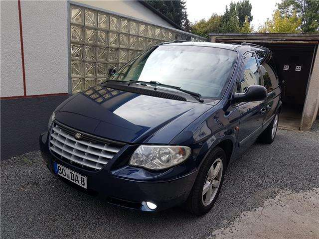 chrysler grand-voyager 2-8-crd-automatik-limited blau