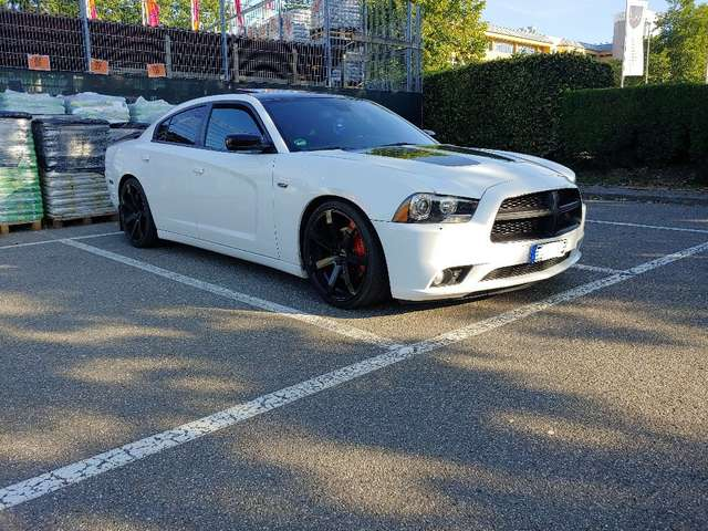 dodge charger weiss