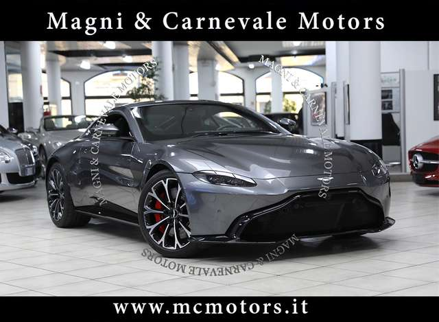 aston-martin v8 vantage-coupe-183-000-listino-iva-esposta grigio
