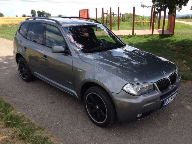 bmw x3 suv gel ndewagen in grau als gebrauchtwagen in essen f r. Black Bedroom Furniture Sets. Home Design Ideas